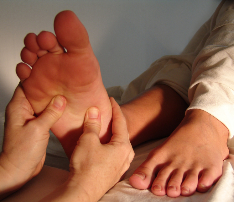 iStock_000000738049Small-foot-massage-reflexology.jpg